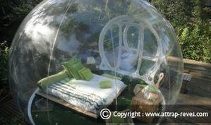 Dormir dans une bulle - nuit insolite à la belle étoile avec Attrap Rêves   le cottage landais: en osmose avec la nature   Scoop.it