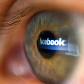 Facebook altering the brain activity of users. | Social Media Focus | Scoop.it