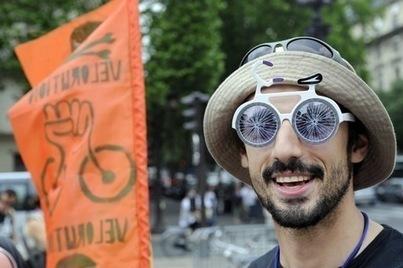 Le vélo, un engin solidaire qui tourne rond - La Croix | atelier vélo | Scoop.it
