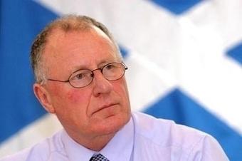 Former Labour MP Dennis Canavan endorses SNP vote   Trade unions and social activism   Scoop.it