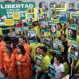 """As 17 of #Arctic30 Granted Bail, #Greenpeace Chief Calls #Fossil Fuel CEOs """"The Real #Hooligans"""" 