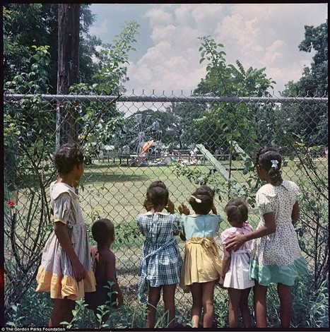 20 Haunting Photos Of Segregation In America | Remember the Titans | Scoop.it