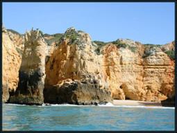 Isolated beach around Lagos - Algarve | Images Traveling | Scoop.it
