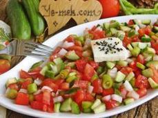 Salatalar | Mezeler | Kolay ve Pratik Resimli Yemek Tarifleri | Göbeğim | Pratik Yemek Tarifleri | Scoop.it