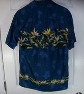 Hawaiian Shirt Winnie Fashion Made Hawaii Tropical Flowers | Hawaiian Shirts | Scoop.it