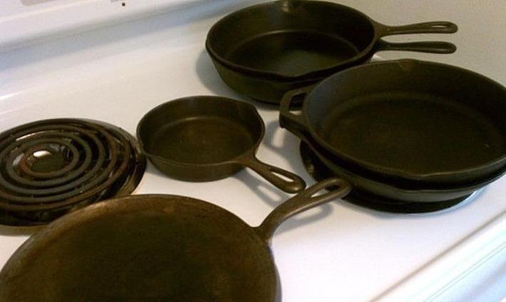 Collecting Antique & Vintage Cast Iron Pans | Collectors' Blog | Antiques & Vintage Collectibles | Scoop.it