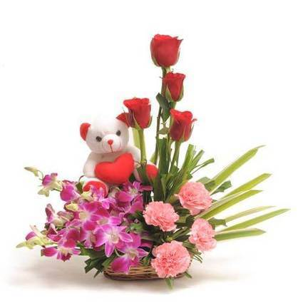 Flowers and soft toy - Blossom Square | BlossomSquare online flowers delivery system | Scoop.it