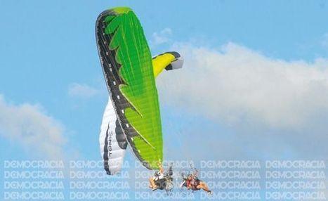 Record Guinness battu ! 225 paramoteurs simultanément en l'air à Buenos Aires - Argentine | Le marcheur de l'air. Paramotoriste | Scoop.it
