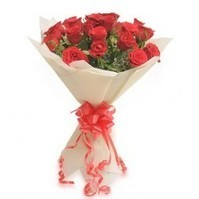 Send Red Roses Valentines Day, Valentines Roses | PickSmiles.com | Flowers Delivery to India | Scoop.it