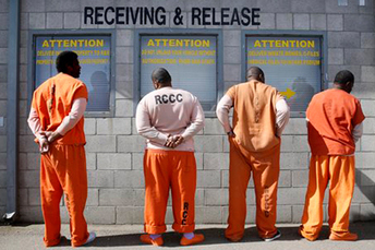 Stanford research discovers whites support harsher laws when they perceive more black Americans in prison | Community Village Daily | Scoop.it