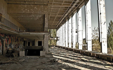 25 Examples of Eerily Abandoned Buildings & Ghost Towns | Strange days indeed... | Scoop.it