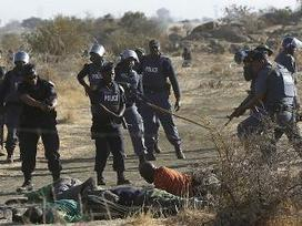 Police fire rubber bullets at South Africa farm strikers | Daraja.net | Scoop.it