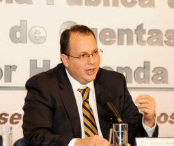 Renuncia Luis Edmundo Suárez a la dirección de la UIAF | Impuestos y Contabilidad | Scoop.it