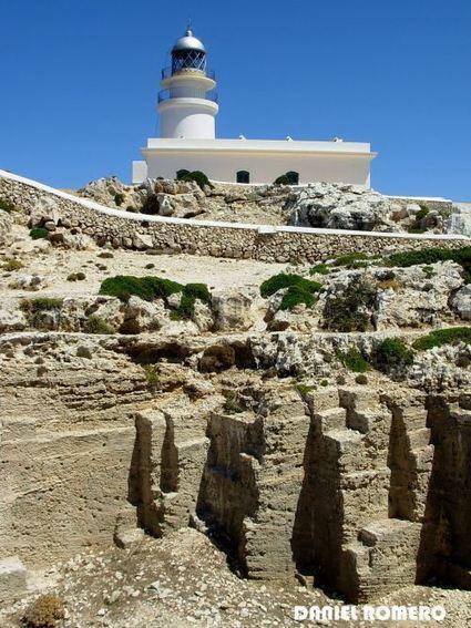 Faros de Menorca, centinelas de piedra y luz | Fars - Lighthouse | Scoop.it