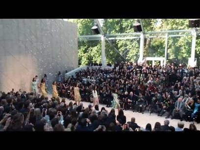 Burberry Releases Full Fashion Show Shot with iPhone 5s - Mac ... | fashion | Scoop.it