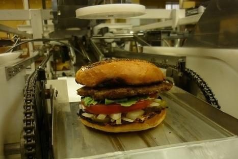 Fast Food Robot Builds The Perfect Burger - PSFK | Robolution Capital | Scoop.it
