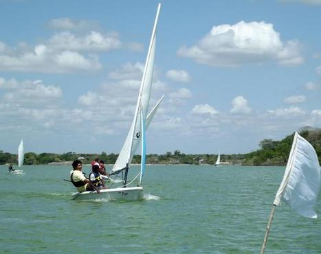 Spreading the word - getting young people out sailing in Belize | Filmbelize | Scoop.it
