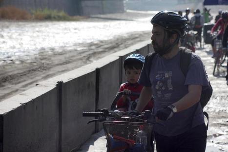 Ciclovía en Río Mapocho: Alcaldesas inicia proyecto (Fotos) - Puranoticia | Proyecto Ciclovìas Santiago 2013 | Scoop.it