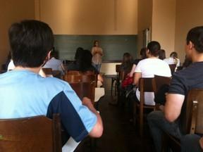 Alunos voltam às salas de aula da UFPR após quase 4 meses de greve   Português Educação   Scoop.it