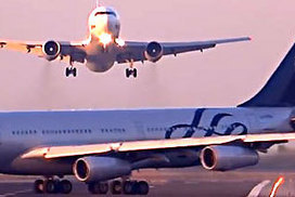 Barcelona airport near-miss between planes caught on video | Airline Flight Crew - Potential OHS Risks | Scoop.it