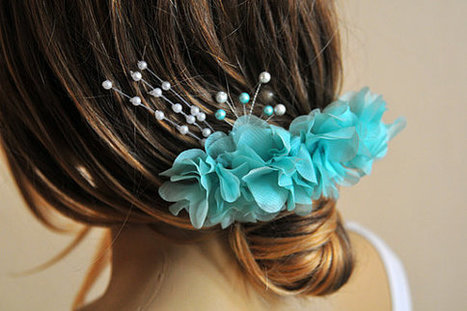 Mint Wedding Flower Hair Comb, Bridesmaid Gifts, wire hair comb, hair accessories, weddings, Hair Accessory, Flower hair Comb, Hair Flower | selenay | Scoop.it