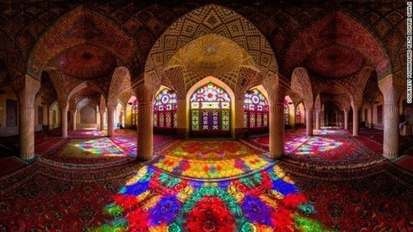 Incredible images capture dazzling symmetry of Iran's mosques | wilmington school libraries | Scoop.it