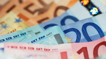 1600 milliards d'euros d'aides versées aux banques de 2008 à2011   Le Journal du Siècle : L'actualité au fil du temps   Scoop.it