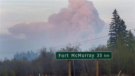 Des travailleurs coincés sur le site d'une pétrolière  | Feu de forêt à Fort McMurray | STOP GAZ DE SCHISTE ! | Scoop.it