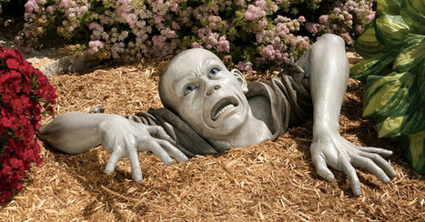 17 Lawn Decorations That Should Be Illegal. | Strange days indeed... | Scoop.it