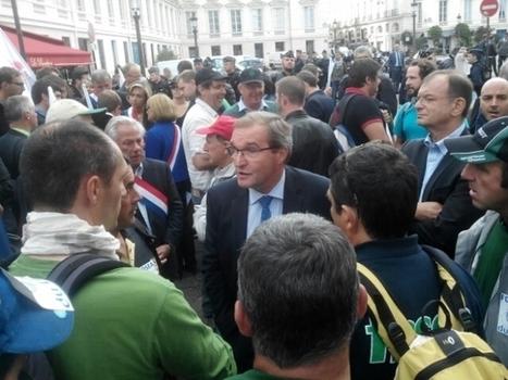France Bleu | Dordogne: Germinal Peiro rencontre les agriculteurs à la tête d'une délégation de parlementaires | Agriculture en Dordogne | Scoop.it
