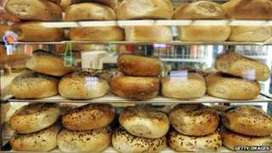Facebook 'like' adverts tested with VirtualBagel experiment - BBC News | FutureSocial | Scoop.it