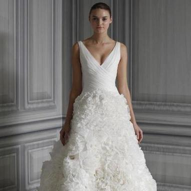 BRIDAL SHOP! Jessica Ennis' Monique Lhuillier ruffled wedding dress - handbag.com | Bridal Boutique | Scoop.it