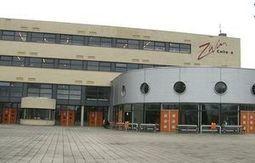 Oostburgse bibliotheek past heel goed in Zwin College??? Ik heb mijn twijfels.   Schoolmediatheken   Scoop.it