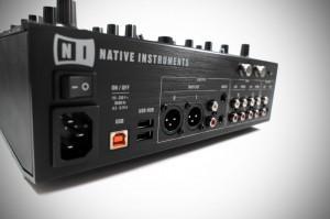 NI Kontrol Z2 - unboxing and first impressions - DJWORX | DJing | Scoop.it
