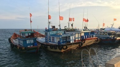 Fisherman caught in the South China Sea fray   Aquaculture Directory   Scoop.it