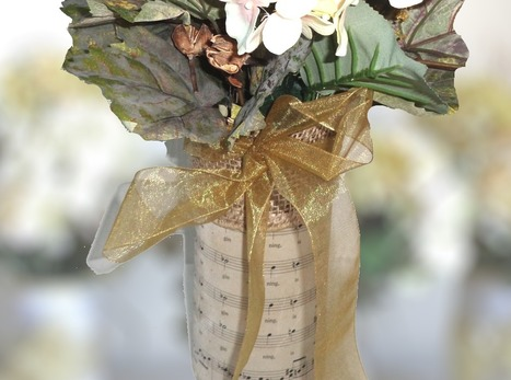 Sheet Music Candle Holder Glass Vases Centerpieces Wedding Function Dinner Table Decor | wedding music | Scoop.it