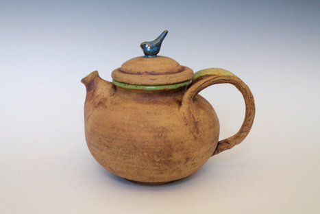 Blue bird teapot, rustic and natural pottery for the Home | Good stuff to get | Scoop.it