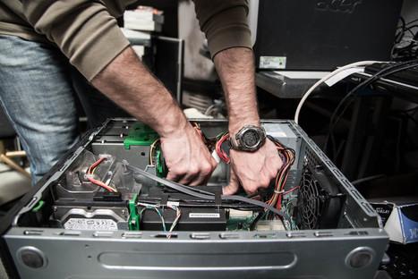 Grâce au recyclage, une association permet aux familles populaires d'acquérir un ordinateur pour 50 euros | Pour une autre manière de consommer | Scoop.it