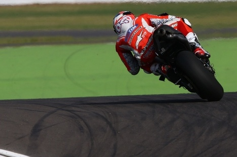 Dovi: Question mark over hard tyre longevity | Ductalk Ducati News | Scoop.it