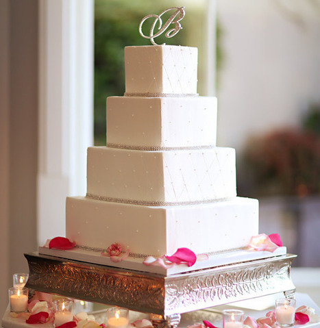 5 Beautiful Cakes from Recent Real Weddings | Contemporary Bride | Naturally Beautiful Weddings | Scoop.it