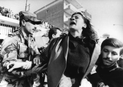 Giorgio Pegoli racconta le donne in guerra, mostra all'informagiovani di Ancona • Vivere Senigallia notizie per la città e il territorio | Informagiovani, buone idee | Scoop.it