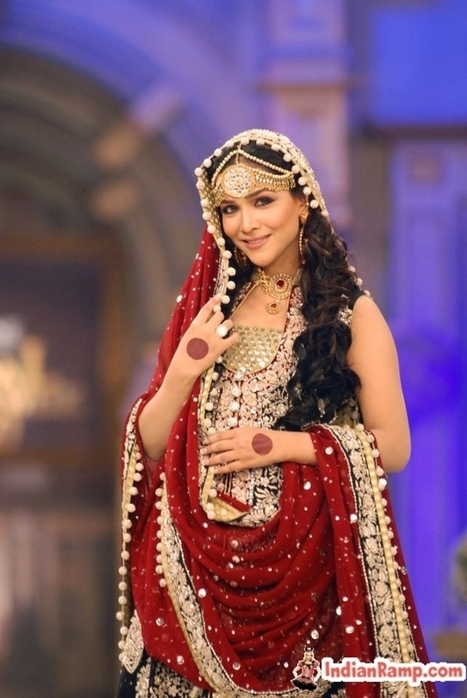 Indian Bridal Dress for Dulhans in India, Beautiful Dulhan Dresses | Indian Fashion Updates | Scoop.it