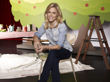 "Julie Bowen: ""It's Important To Have An Anaphylaxis Action Plan"" 