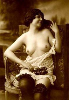 Scambio foto erotiche: uno stuzzicante gioco per esibizioniste soft! - Desiderosamente   La seduzione, un'arte che nasce dai desideri.   Scoop.it
