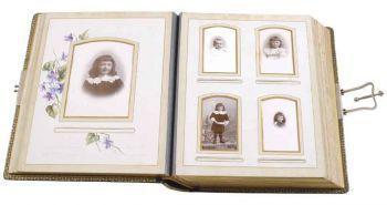 Albums de famille, les images de l'intime - Exposition au musée Nicéphore Niepce de Chalon-sur-Saône 18/6-18/9/2011 | GenealoNet | Scoop.it