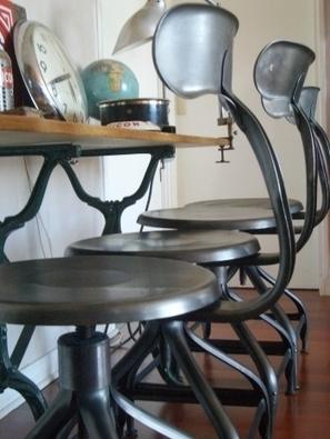 Chaises et tabourets d'atelier | vintage | Scoop.it