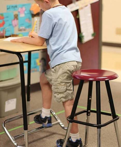 Standing desks help children pay attention in school | Will & Walt - why too much sitting is bad for you... | Scoop.it