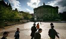 Public universities are under assault. Peter Scott dando caña | Educación flexible y abierta | Scoop.it
