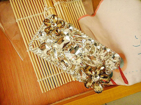 iPhone 4 4s case 3D clear crystals studded Bling Cover for women | bling iphone case | Scoop.it