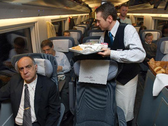 Renfe exige a sus camareros que hablen catalán, gallego y euskera, además de inglés | Spain | Scoop.it